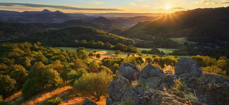 Summer in the hills --- Léto v kopcích